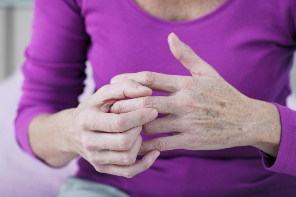 How IV Therapy Can Help You Cope with Arthritis Pain